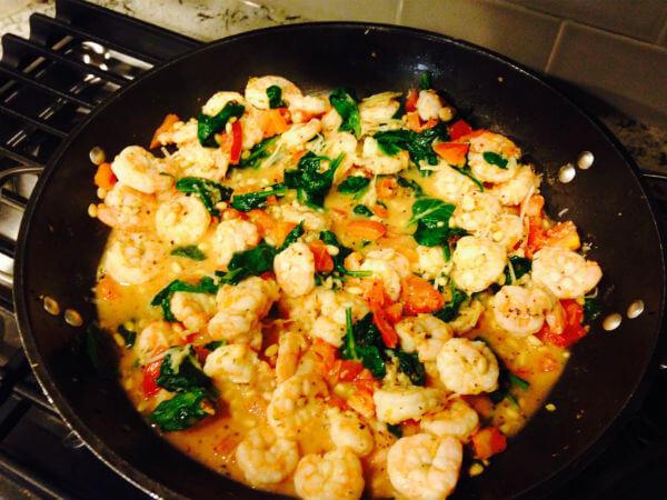 Low-carb Mediterranean shrimp recipe