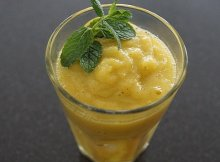 Mango turmeric vegan smoothie recipe