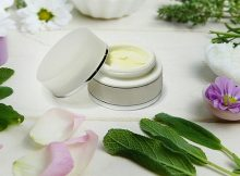 How to make a natural wound-healing herbal salve