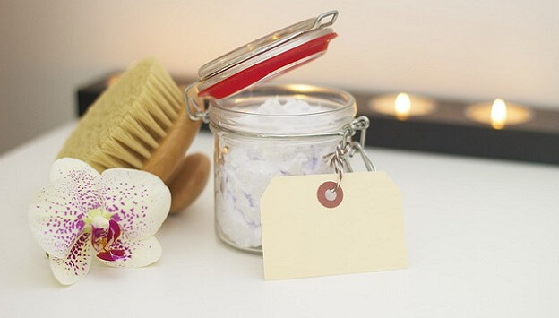 homemade DIY holiday gift ideas