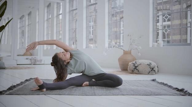 Detoxifying Yin yoga class video