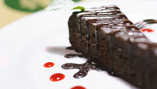 Chocolate fudge beet cake recipe (gluten-free)