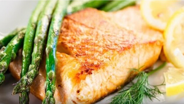 Baked salmon with asparagus recipe