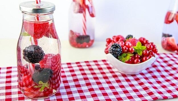 Summer berry hop water recipe